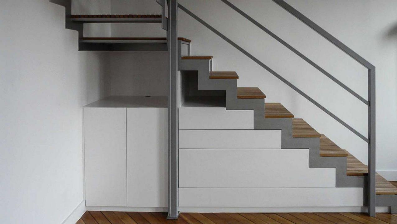 Meuble en medium avec tiroirs sous escalier à Strasbourg